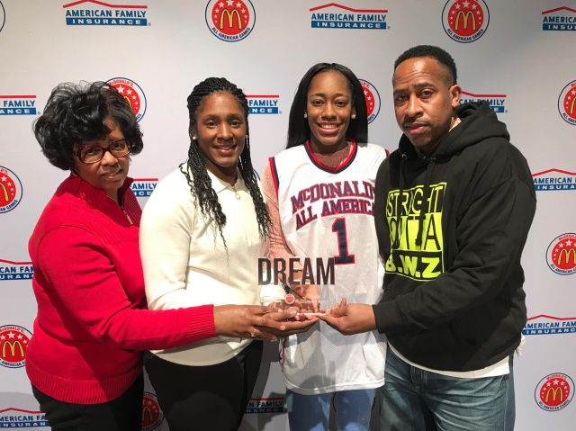 Zarielle Green presents her family with the Dream Champion Award. (Photo: McDonald's All-American Game)