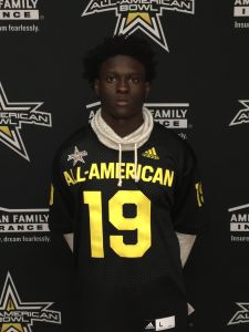 Coconut Creek CB Tiawan Mullen receives his All-American Bowl jersey (Photo: Intersport)
